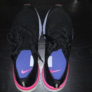 Nike epic react flynit